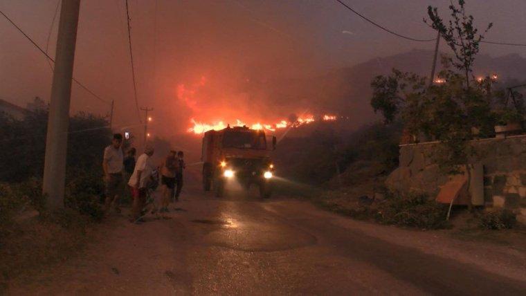 Bir günde 27 yangın: Yandık bittik, kül olduk