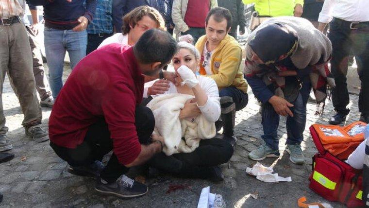 Suriyeli, kendisine para vermeyen kadın turistte inşaat demiri sapladı