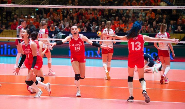 Filenin Sultanları tarih yazdı: Türkiye 3 - 0 Almanya