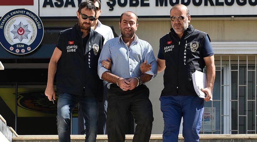 Abdullah Çakıroğlu, Şort giyen kadın